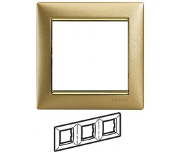 Legrand Valena - Trojnásobný rámik, zlato matné/zlatý prúžok - 770303
