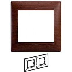 Legrand Valena - Dvojnásobný rámik, drevo tónované - 770312